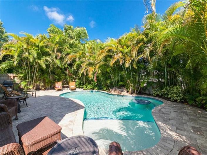 5+ bedroom vacation rentals